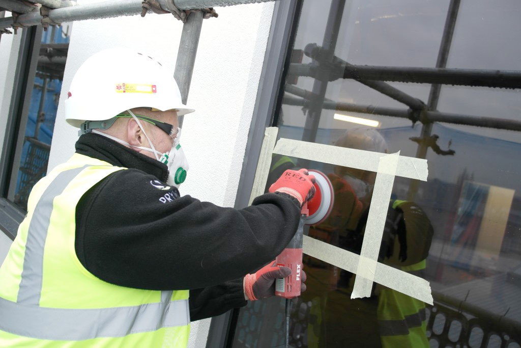 Scratched Glass Polishing Solutions